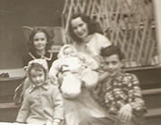 Mom & First 4 Children (1953)